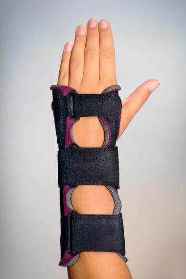 Ortéza zápěstí fixační – univerzální
